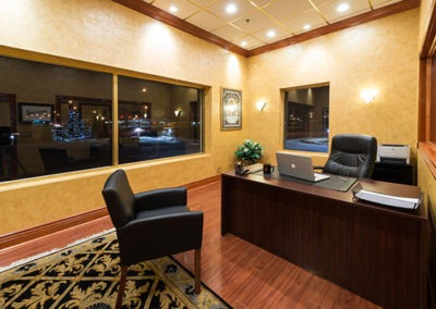 Office Space for lease in Omaha with cream colored walls